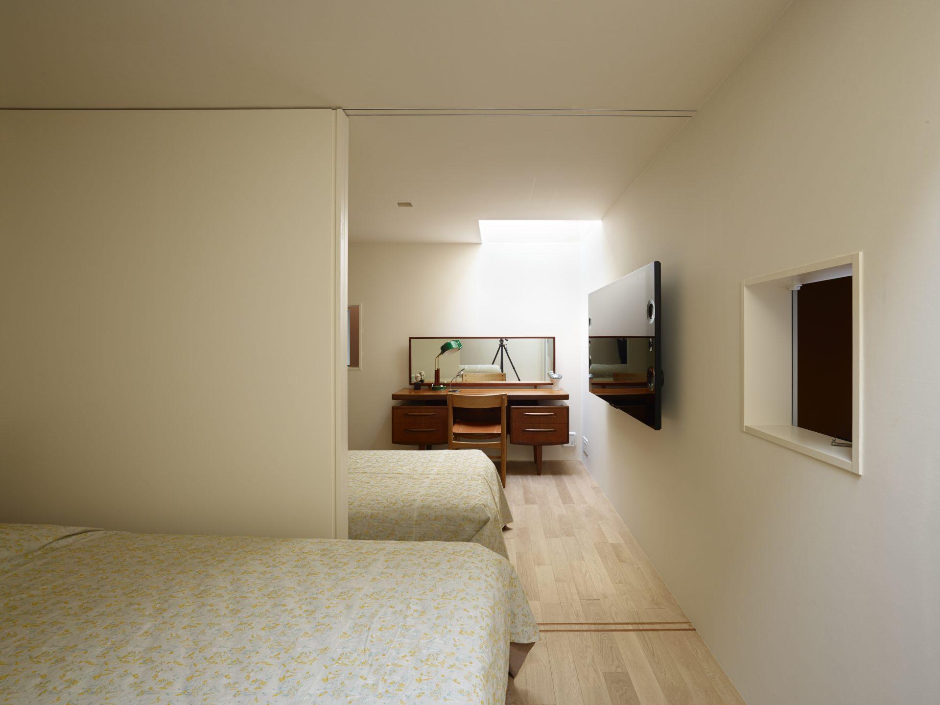奈良高の原の家の寝室