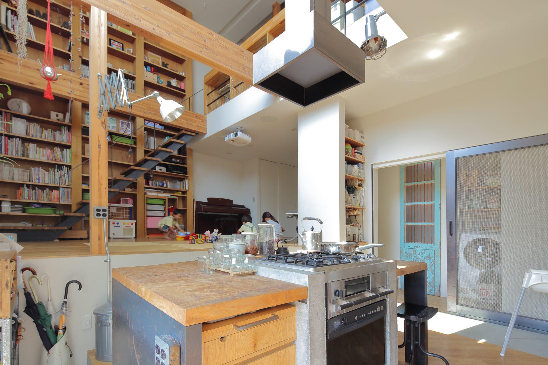 大阪高槻の家のキッチン01