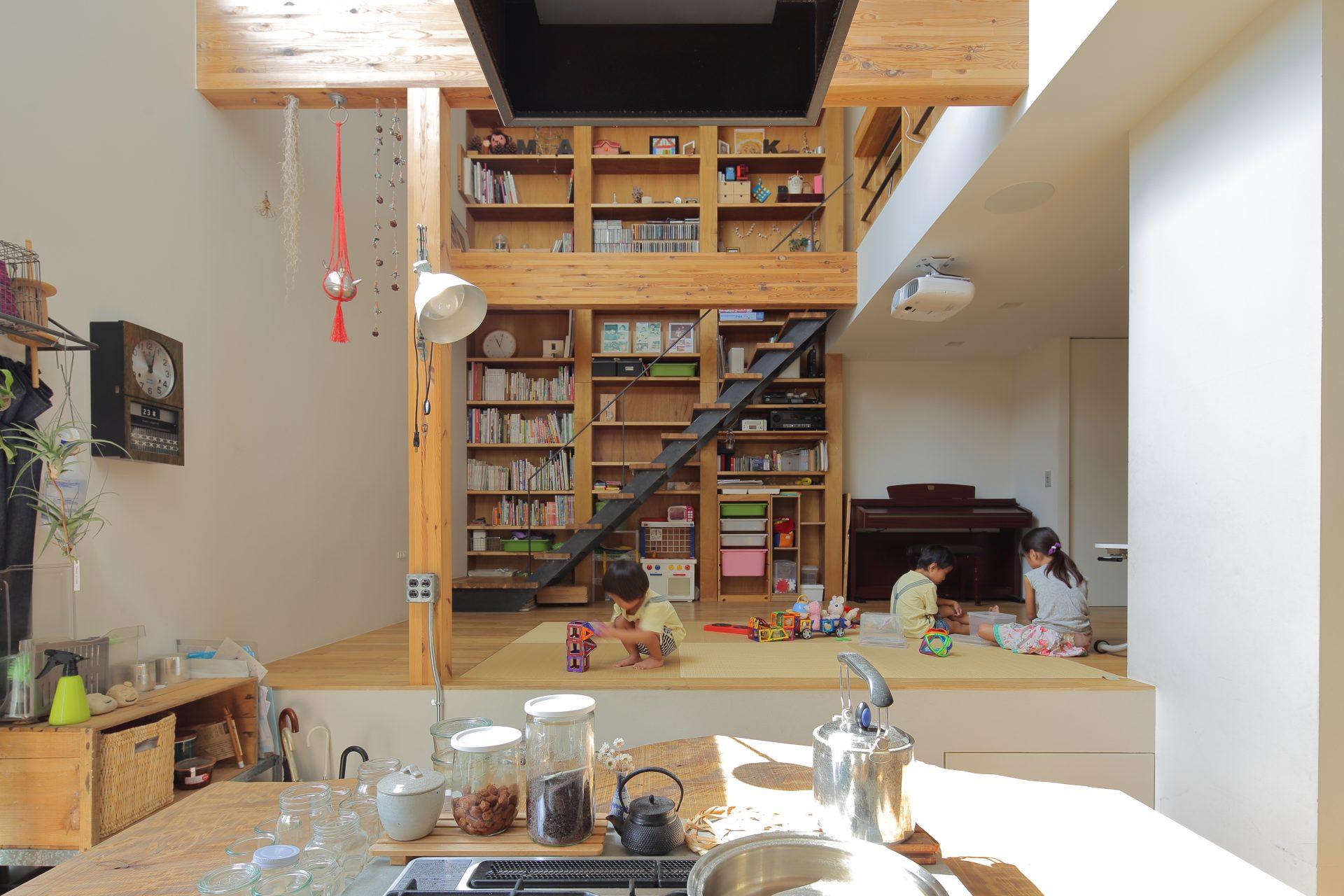 大阪高槻の家のキッチン02
