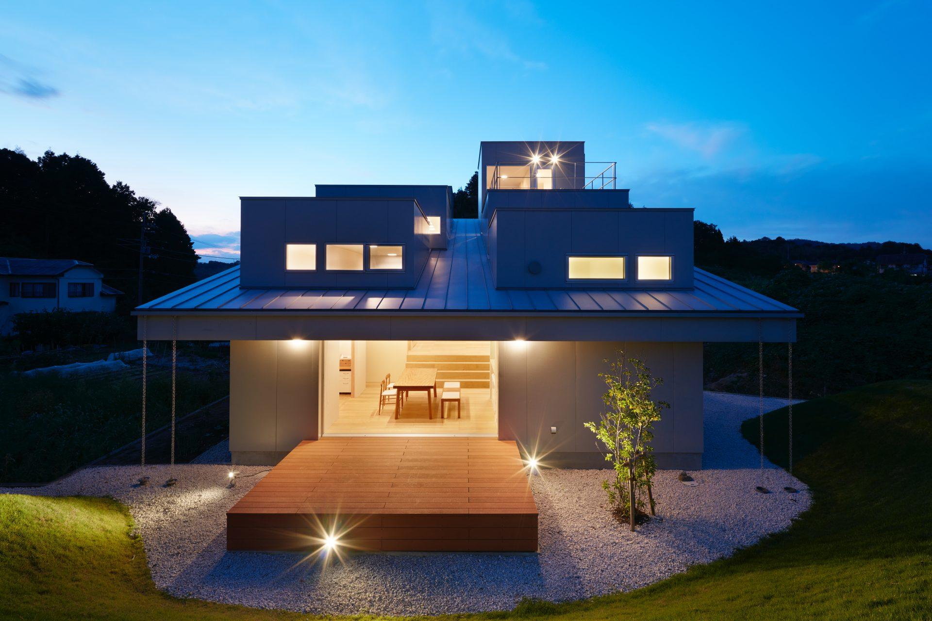 徳島徳島の家の外観(夜景)
