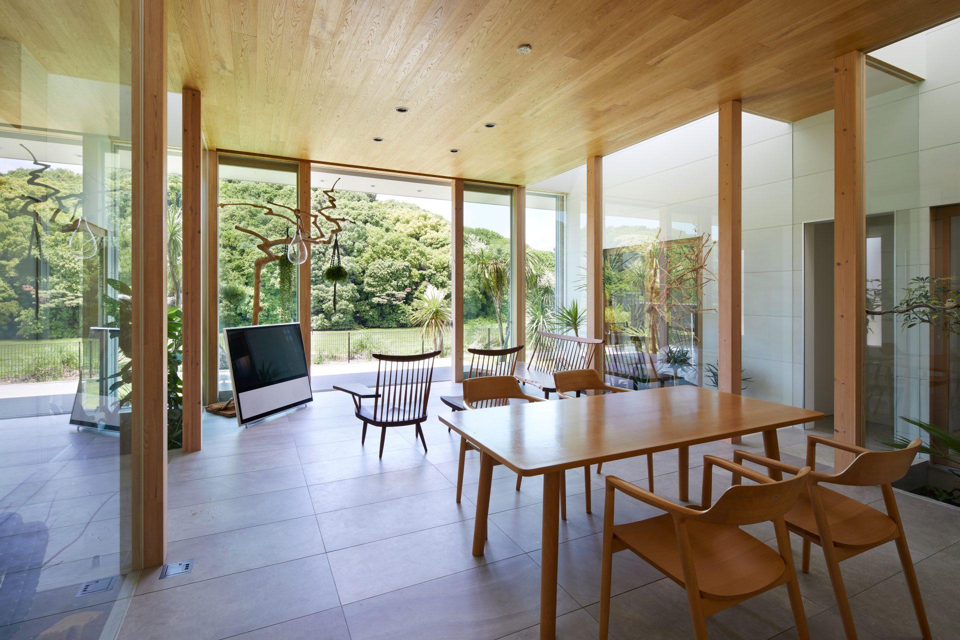 奈良景色を楽しむ家のLDK02