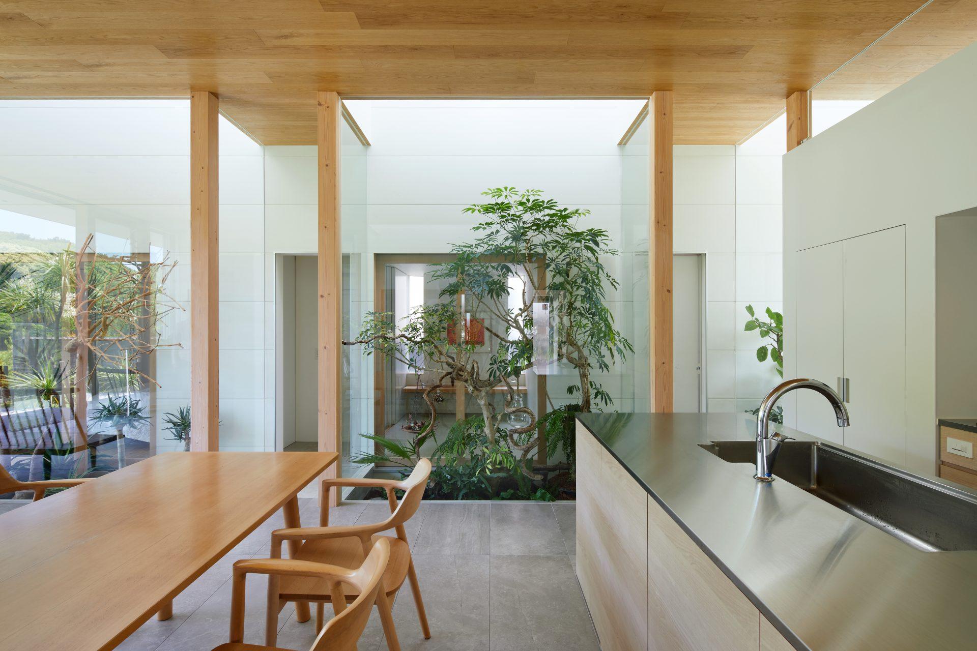 奈良景色を楽しむ家のLDK03