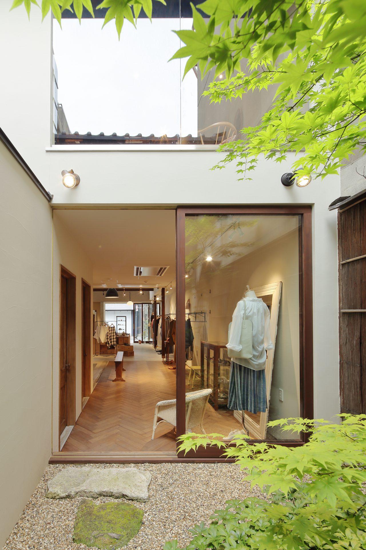 京都Yuniの中庭02