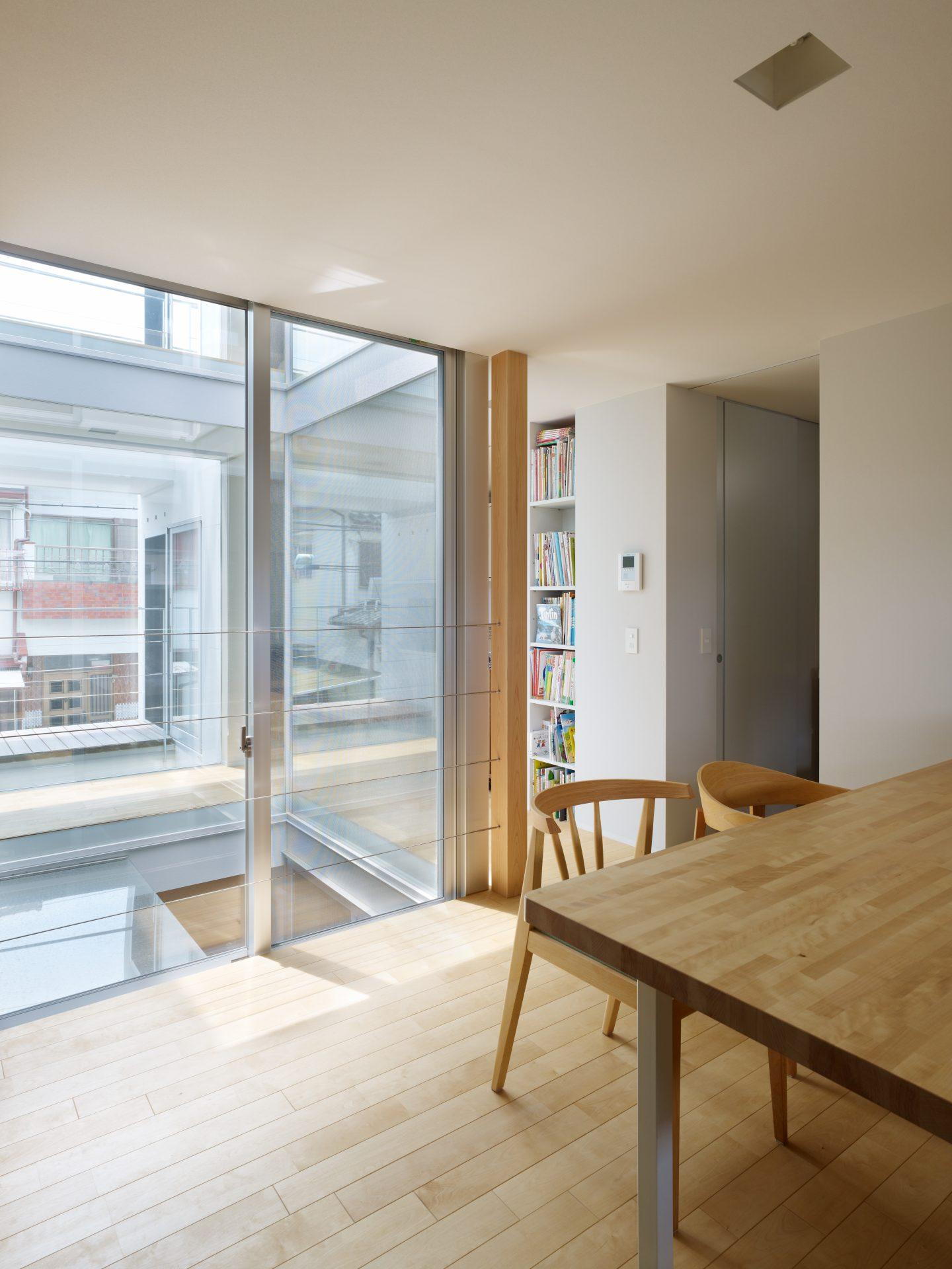 福井敦賀の家の2階ダイニングキッチン02