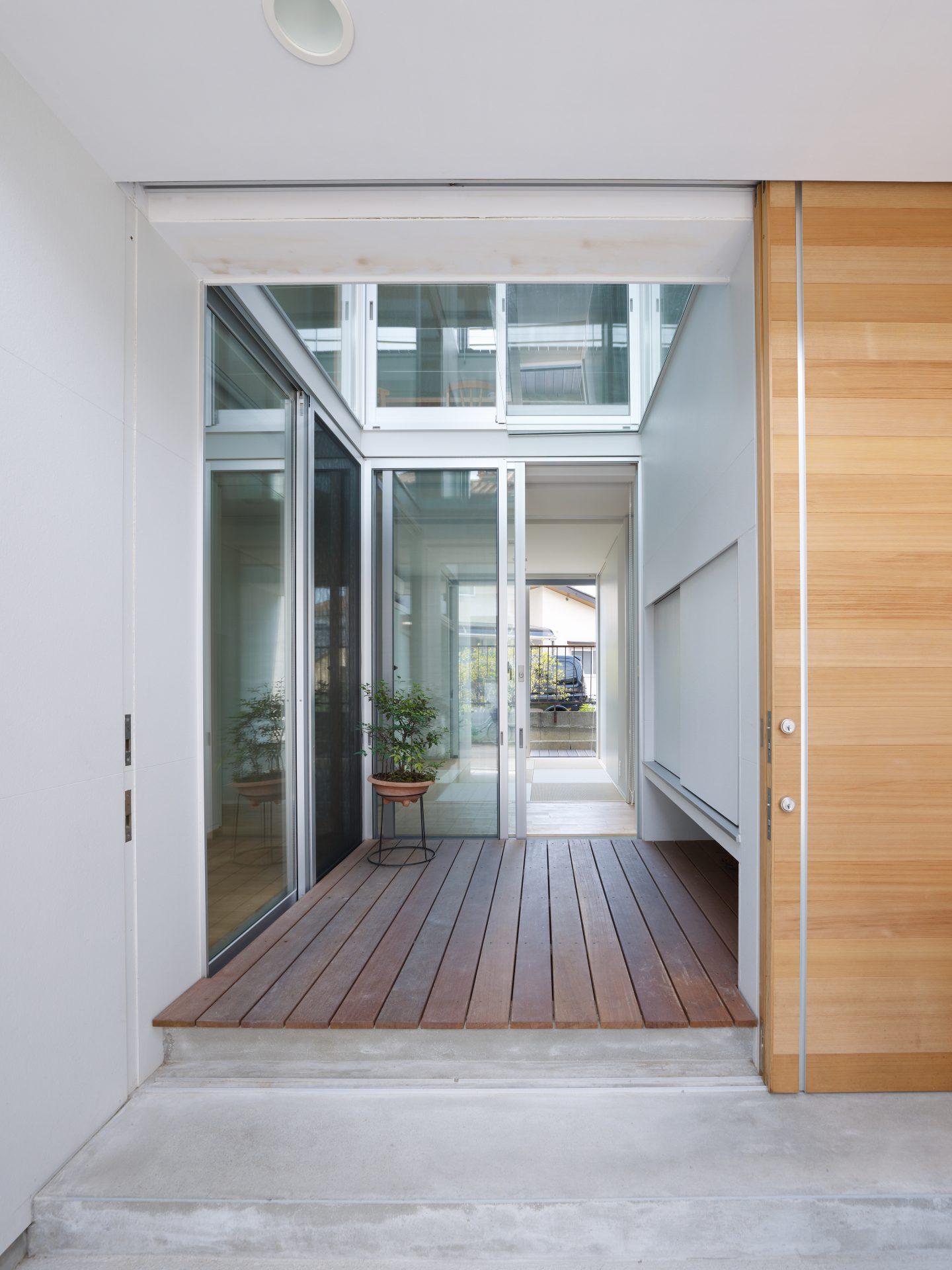 福井敦賀の家の玄関