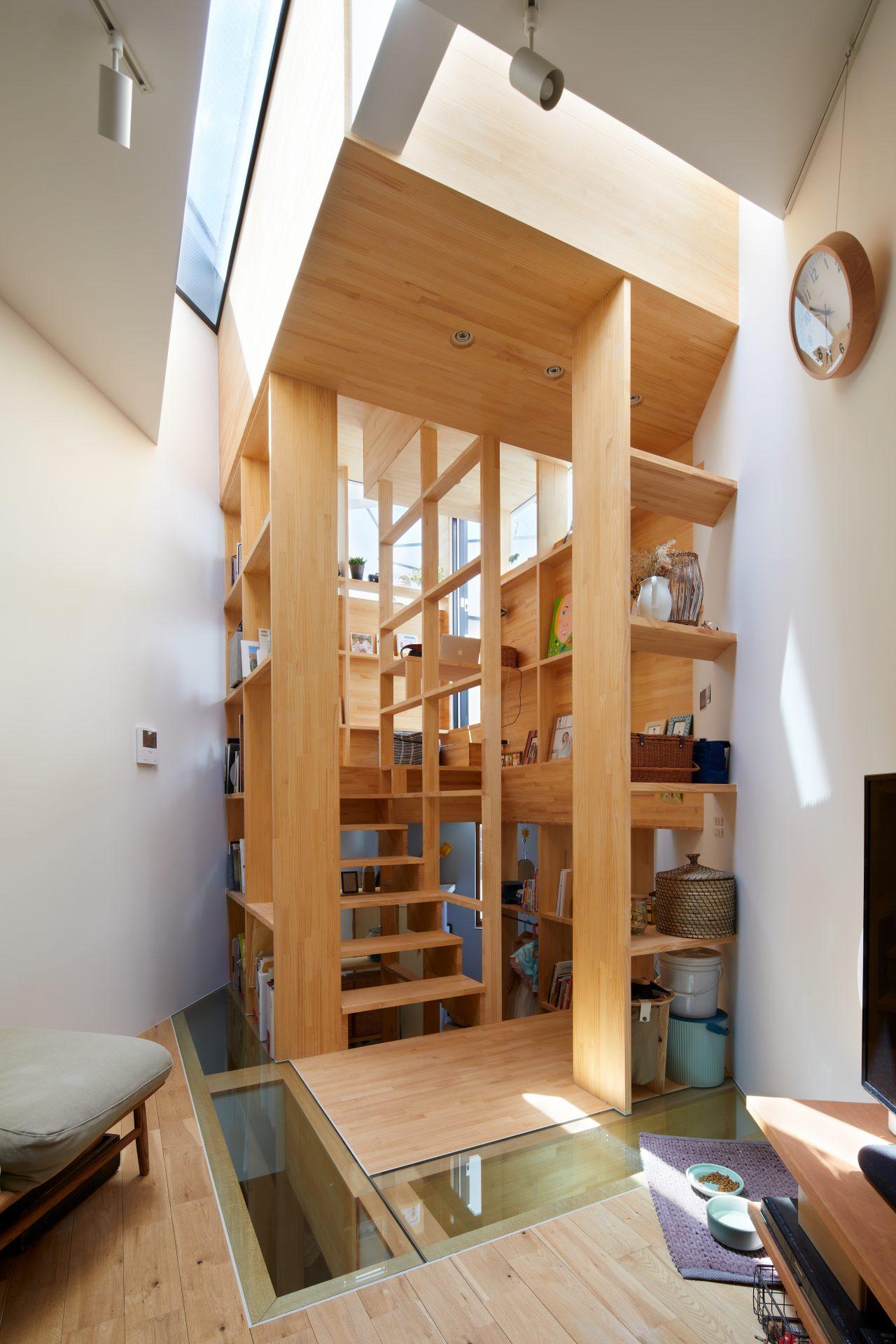 大阪帝塚山の家の階段01
