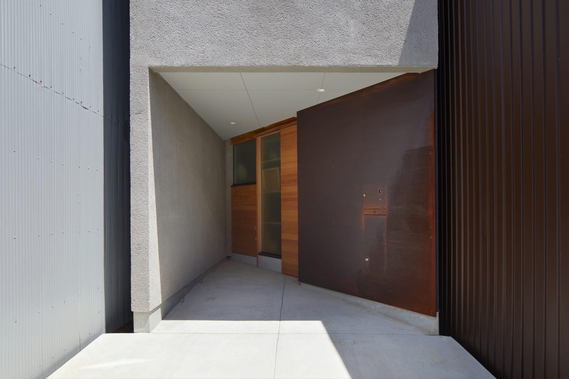 大阪帝塚山の家の玄関