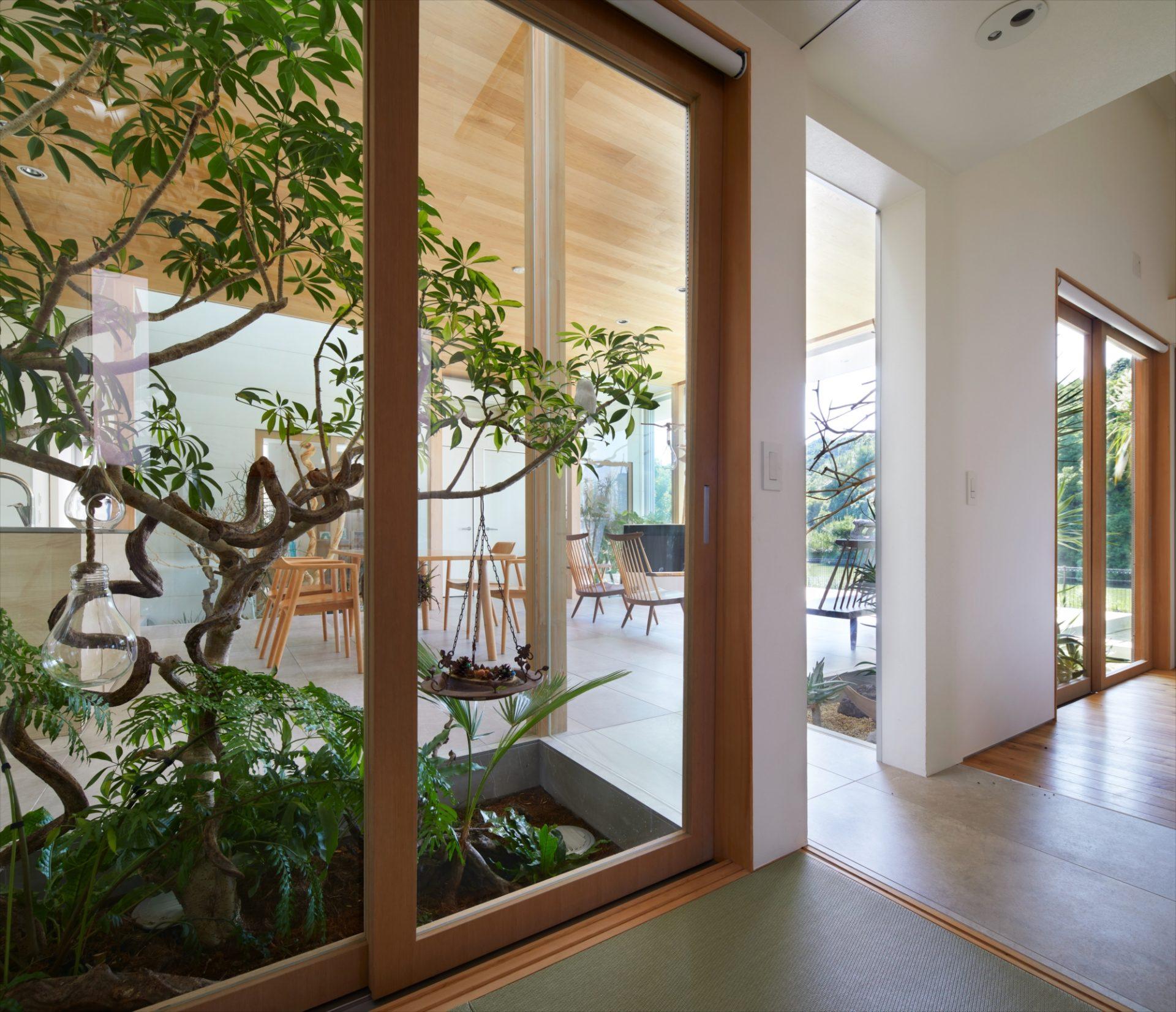 奈良景色を楽しむ家のLDK04
