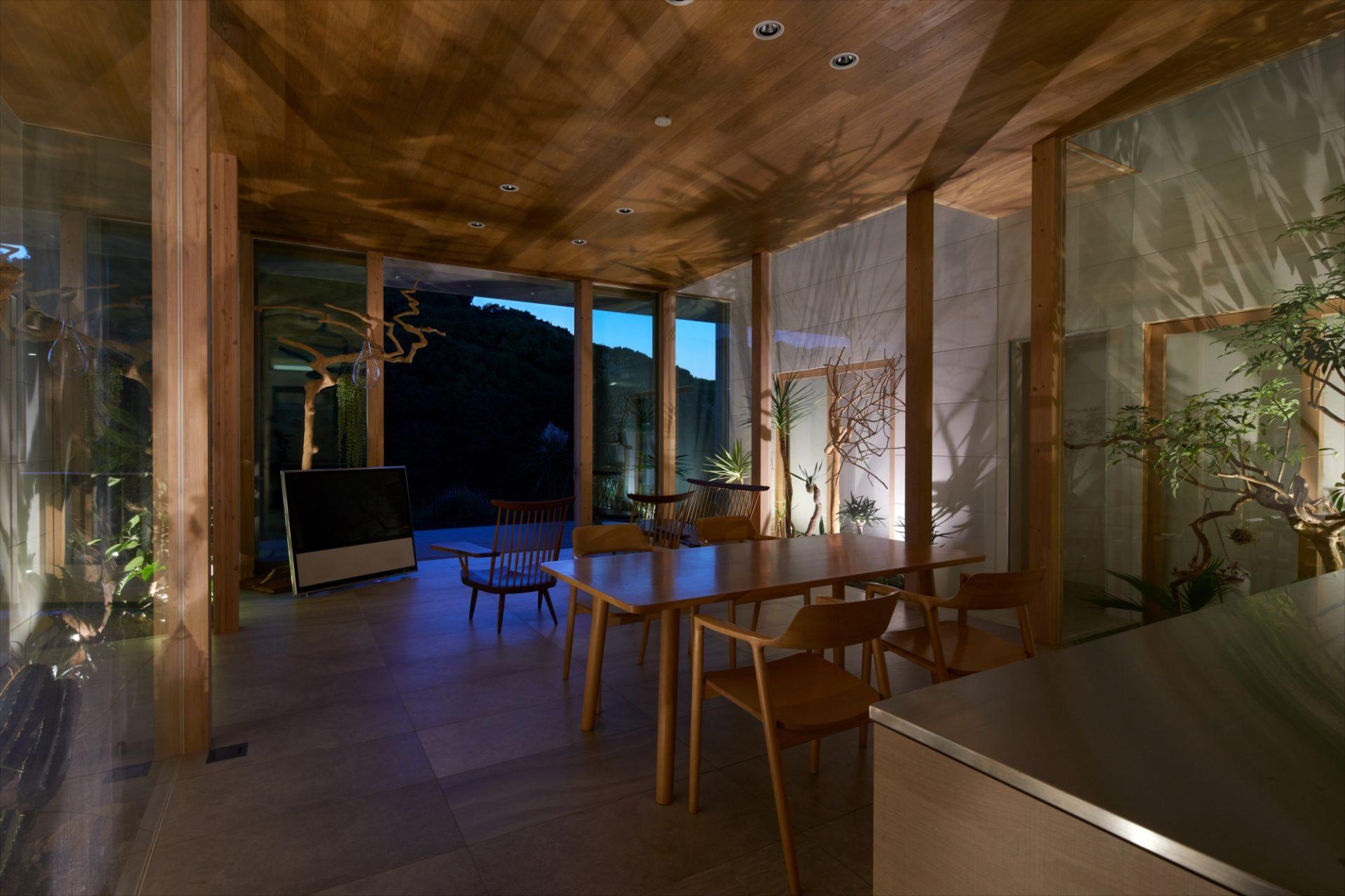奈良景色を楽しむ家のLDK(夜景)02