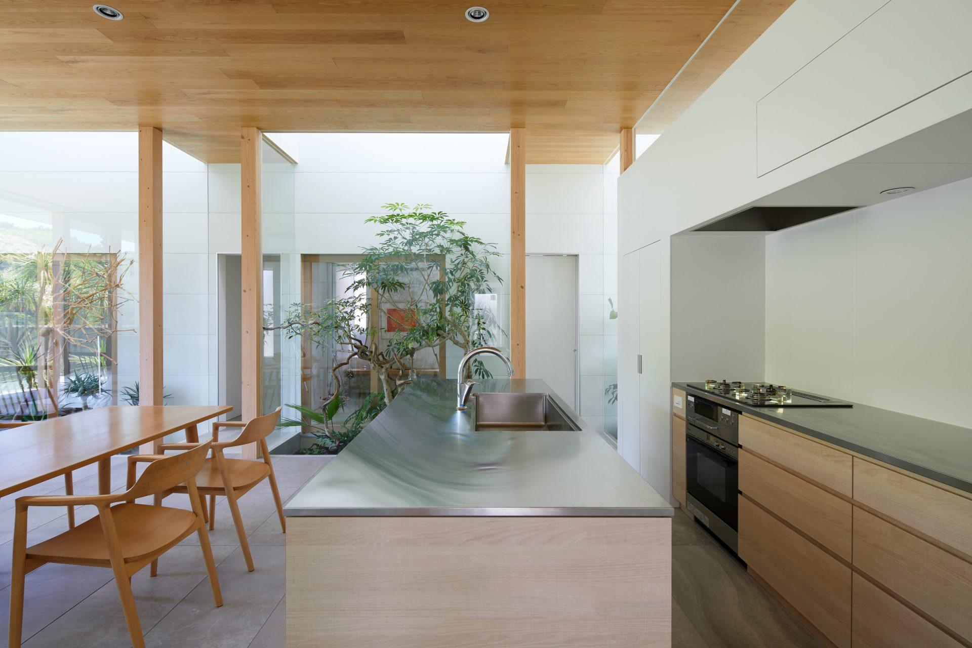 奈良景色を楽しむ家のLDK08