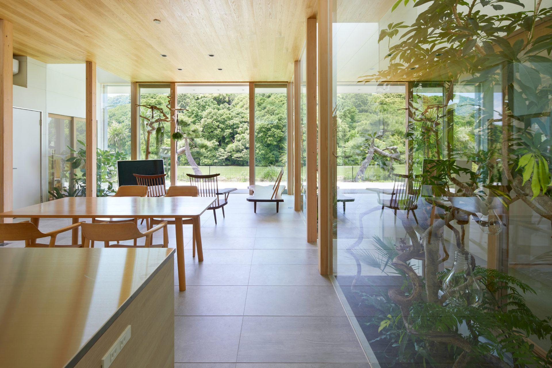 奈良景色を楽しむ家のLDK05