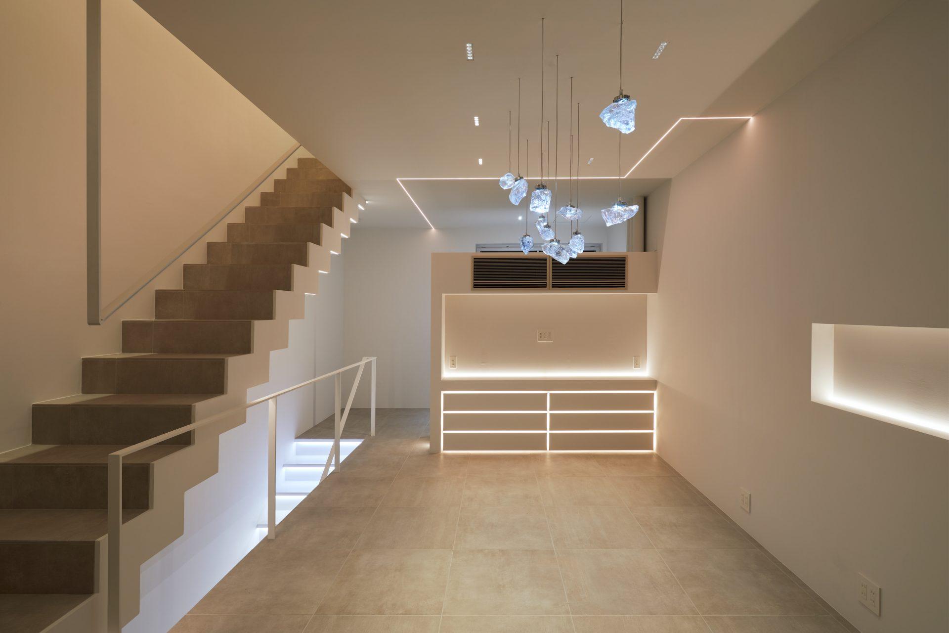 京都KKDCJapanの2階ショールーム01(夜景)