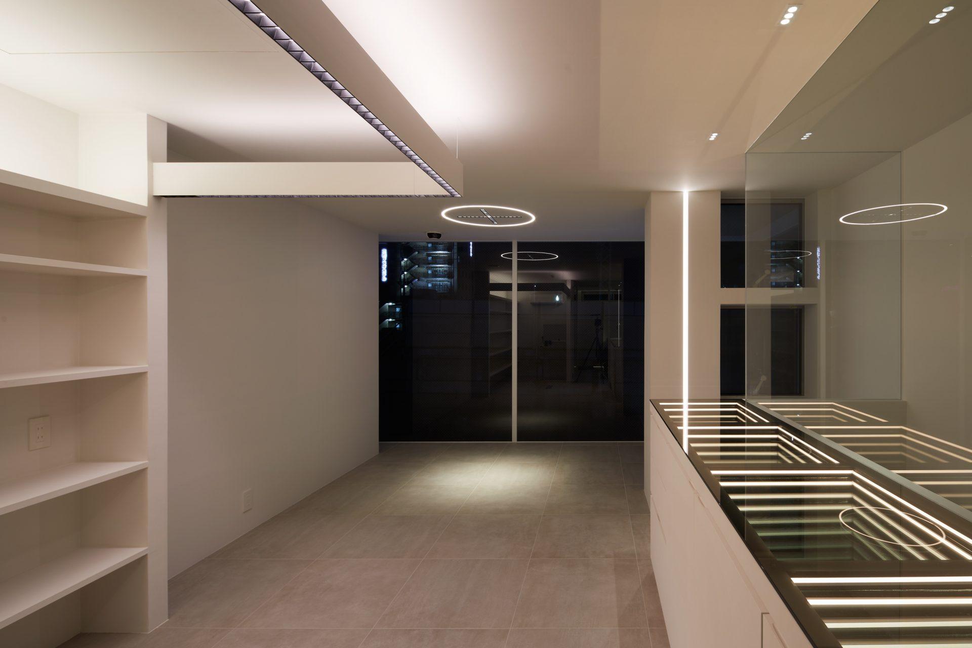 京都KKDCJapanの3階オフィス02(夜景)