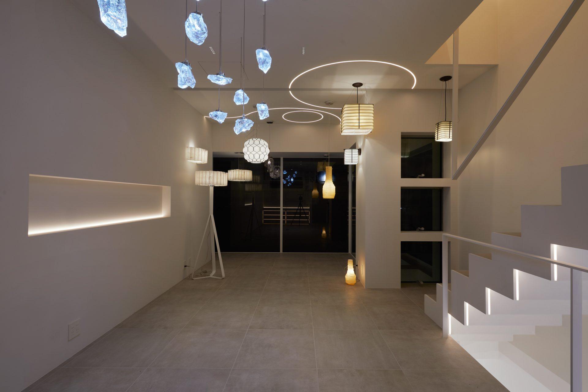 京都KKDCJapanの2階ショールーム04(夜景)