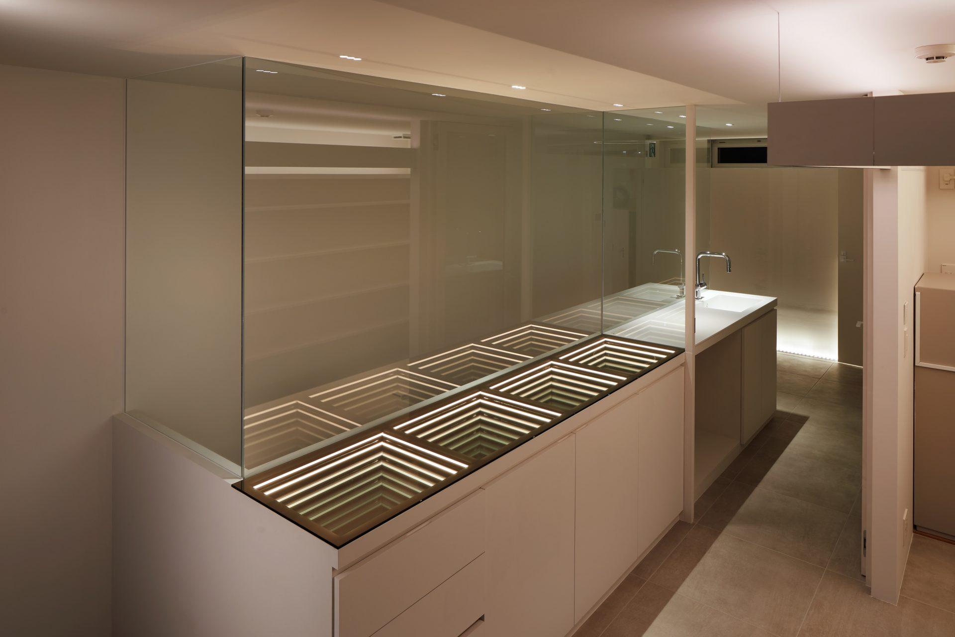 京都KKDCJapanの3階オフィス03(夜景)