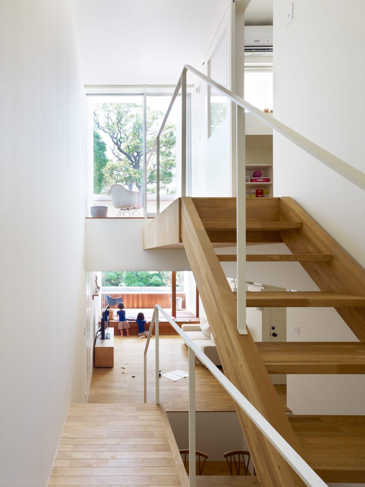 兵庫西宮の家の階段