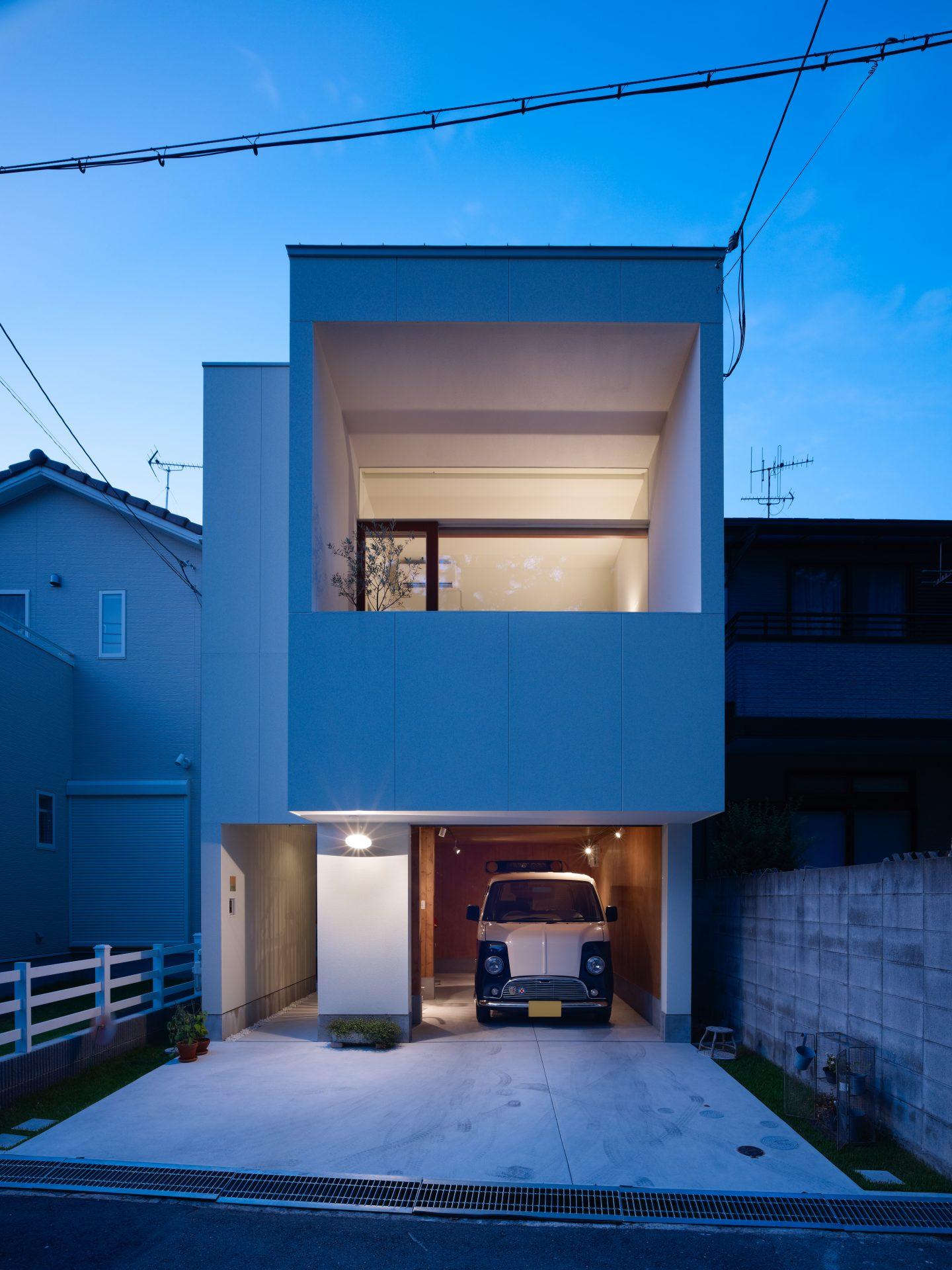兵庫西宮の家の外観(夜景)