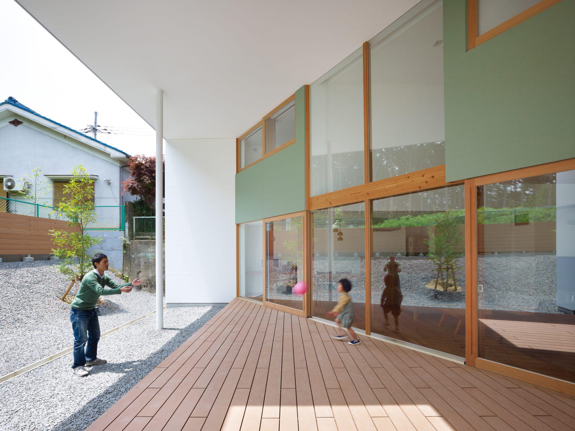 大阪松原の家のテラス02