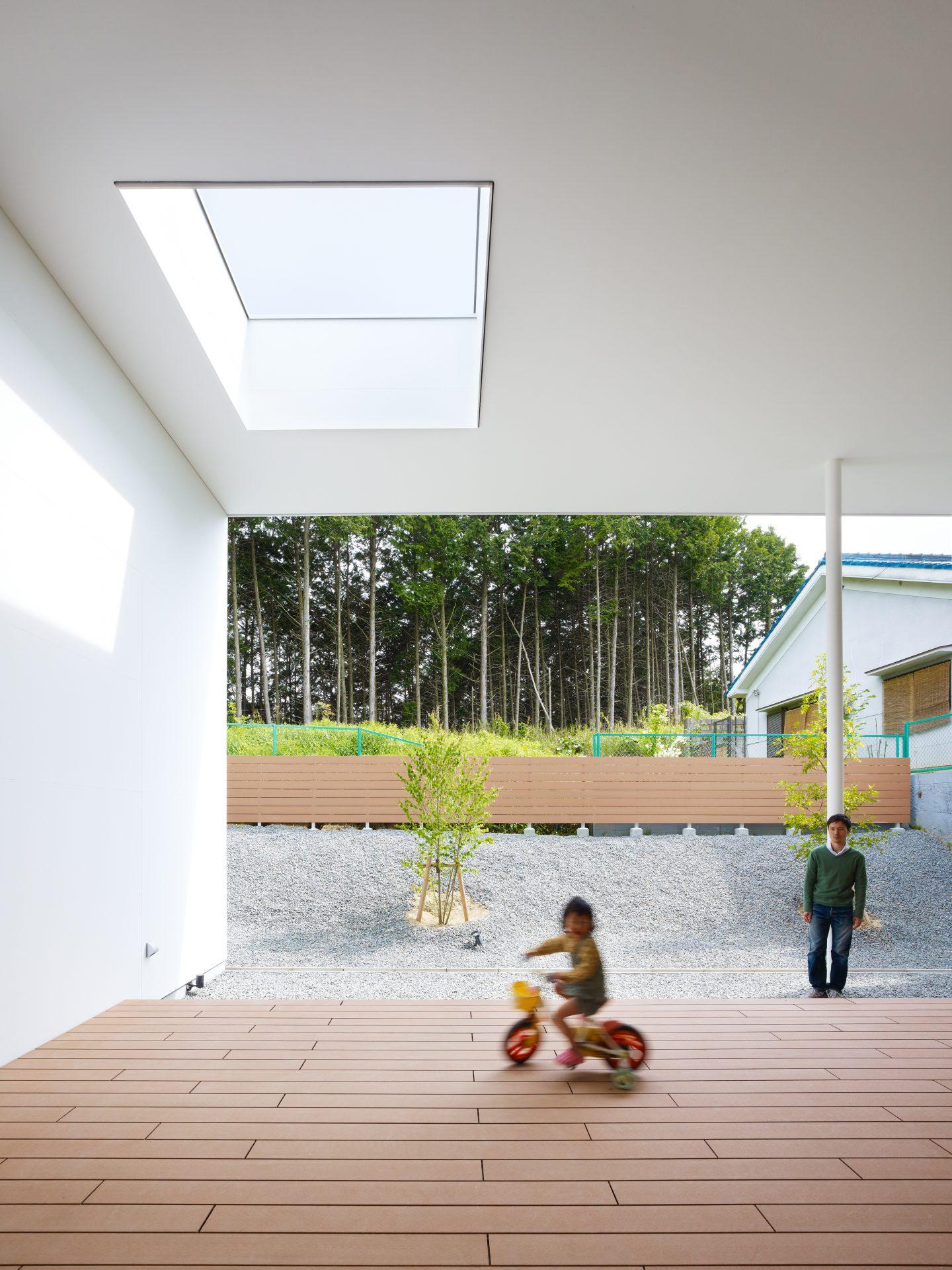 大阪松原の家のテラス04
