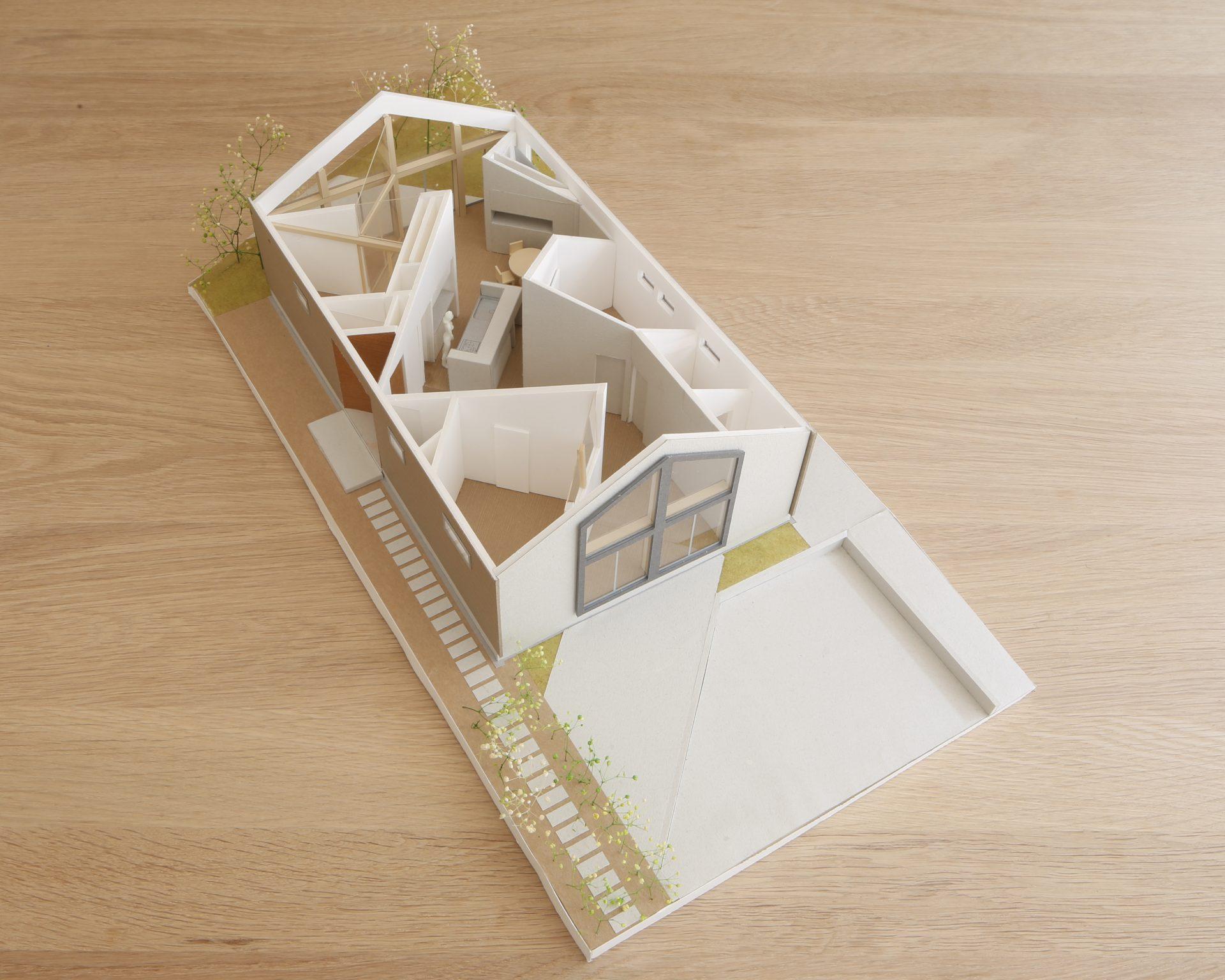 奈良生駒の家の模型02