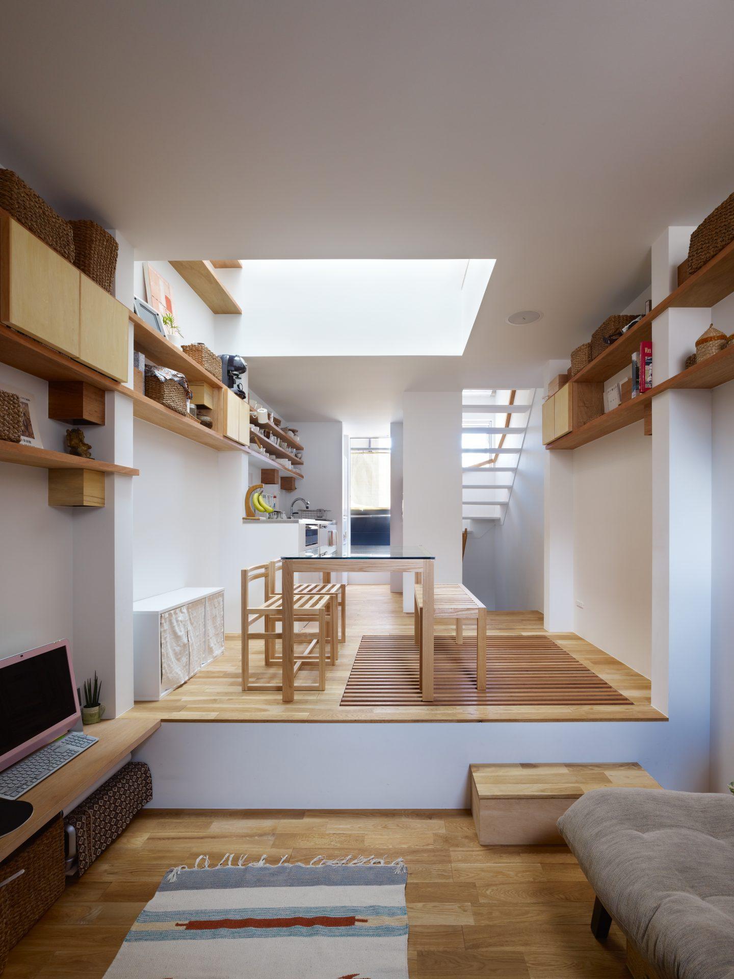 兵庫神戸の小さな家のリビング01