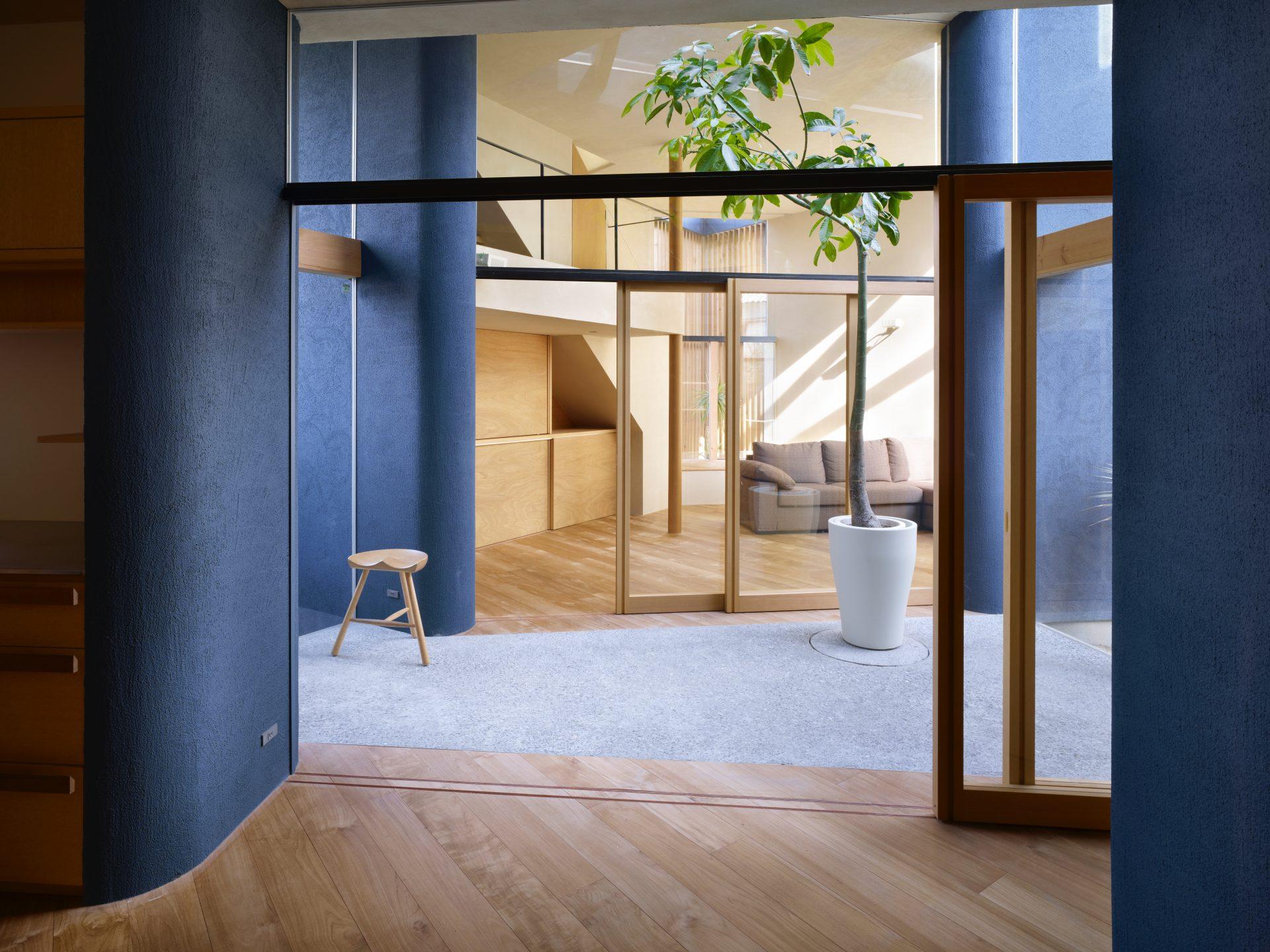 大阪上野芝の家のダイニングキッチン01