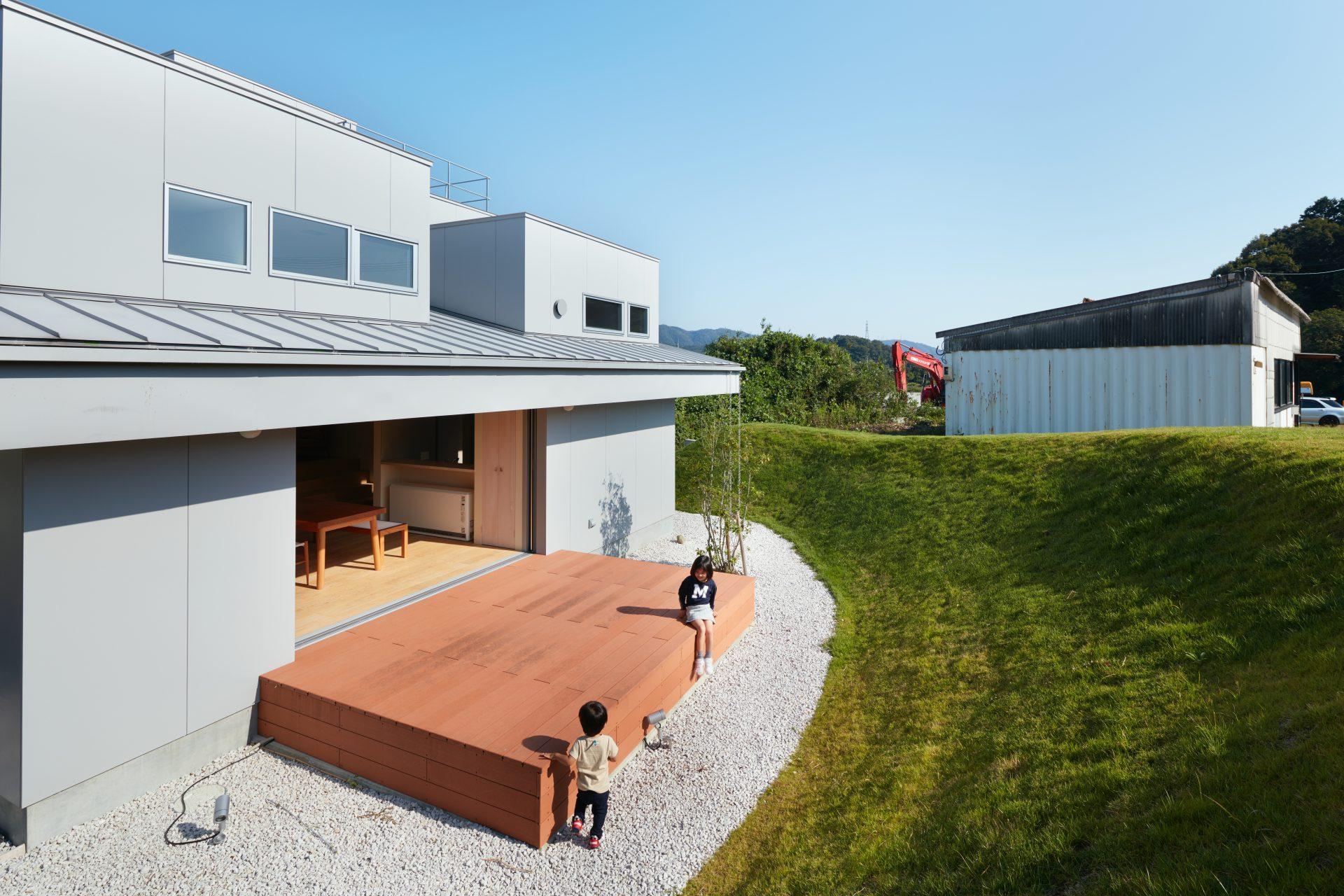 徳島徳島の家のテラス