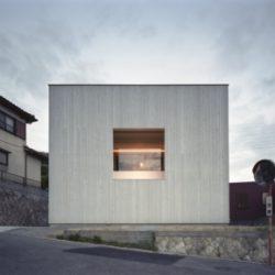 住人十色外壁が額縁!?窓は絵画 眺望のために建てた家